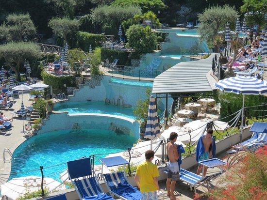 Vista notturna della piscina picture of grand hotel - Hotel in sorrento italy with swimming pool ...