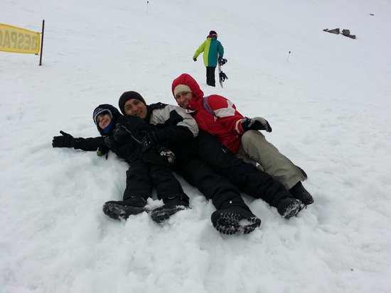 Hotel King's Bariloche: en el cerro catedral de bariloche con mi familia