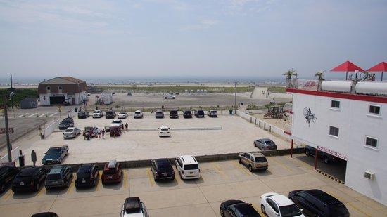 Matador Oceanfront Resort: Waterfront view