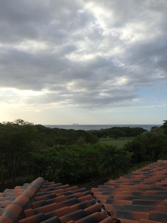 Reserva Conchal Beach Resort, Golf & Spa: View from the terrace