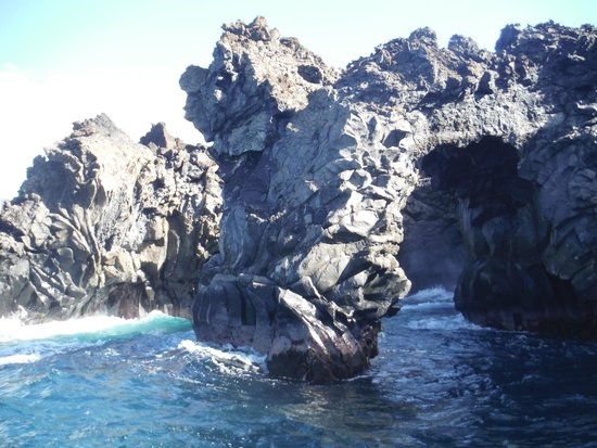 Blue Water Rafting : lava arch