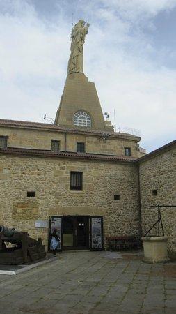Monte Urgull : Castillo de la Mota, en la cima del monte