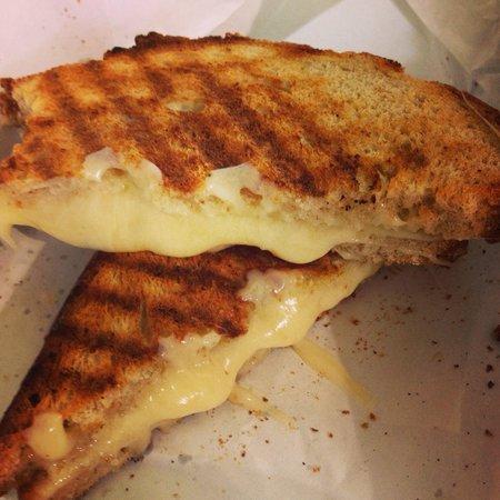 Beecher's Handmade Cheese: Grilled cheese. Amazing!!!!