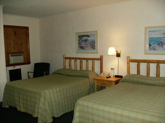 Driftwood Motel: Annex room