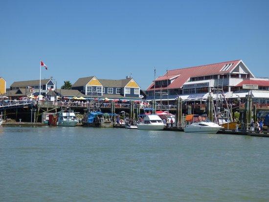 Steveston Heritage Fishing Village: Stevston Village fish docks