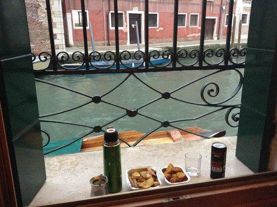 Hotel Dalla Mora : Desde la ventana de nuestra habitación