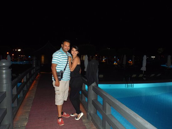 Limak Lara De Luxe Hotel&Resort : pool side