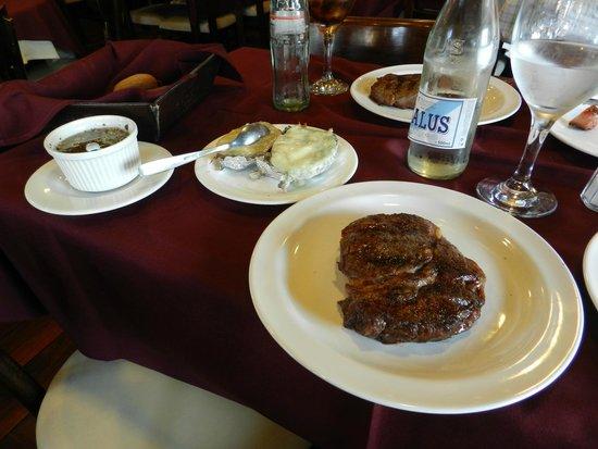 Garcia, Parrilla Clásica & Bar: Baby Beef Garcia