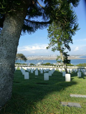 Fort Rosecrans Cemetery : Great View over San Diego Bay