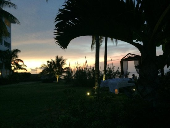 Couples Tower Isle: night time massage view