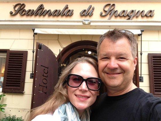 Hotel Scalinata di Spagna : Very happy visitors at Scalinata Di Spagna