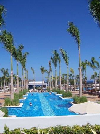 Hotel Riu Palace Costa Rica: Awesome pool!