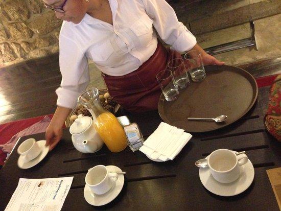 Casa Cartagena Boutique Hotel & Spa: Welcome drinks: coca tea and orange juice