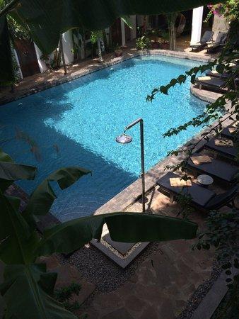 Rambutan Hotel Siem Reap : 中庭のプール