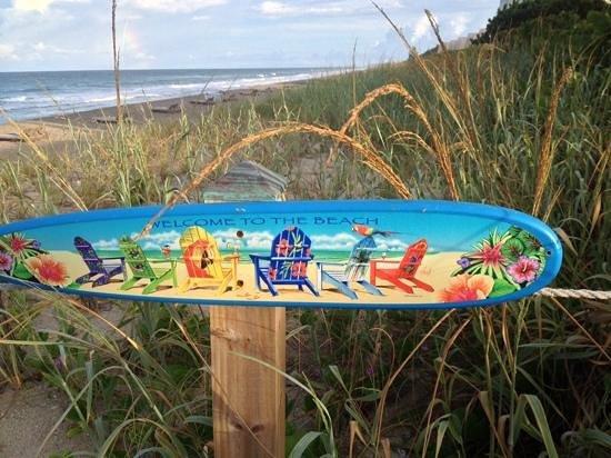 Courtyard Hutchinson Island Oceanside/Jensen Beach : Too the beach