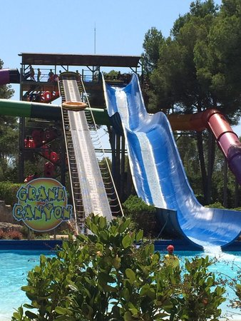 Aqualand : Great water slides!
