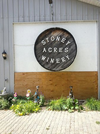 ‪Stoney Acres Winery‬
