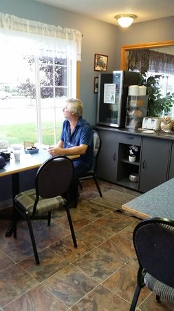 Cecil enjoying the continental breakfast offered by Model A Inn  |  1908 Cranbrook St N, Cranbro