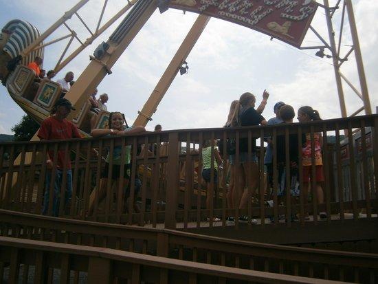 DelGrosso's Amusement Park: Pharoah's Furry
