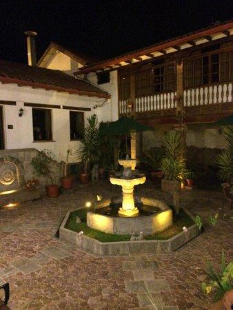 Hotel Rumi Punku: little garden