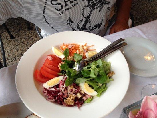 Ristorante La Punta : примитивный салатик