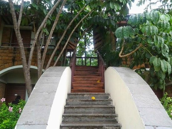 The Golkonda Resorts & Spa: On the way to our room