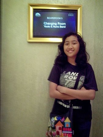 The Trans Luxury Hotel Bandung: My Kid Fannia Fans to Yovie Nuno