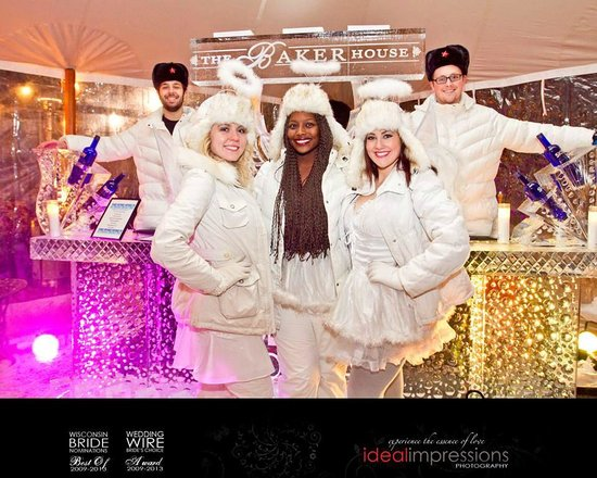 Baker House Hotel : Winterfest Ice Bar with Ice Angels
