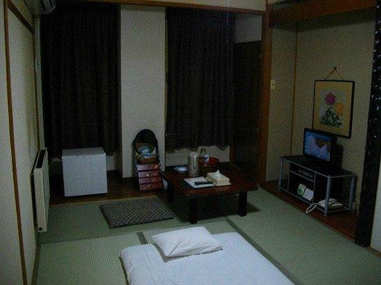 Hokkai Hotel : 和室