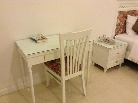 Amarin Resort: ทุกอย่างเป็นโทนสีขาว