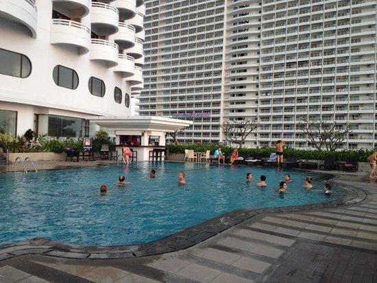 D Varee Jomtien Beach, Pattaya: プールの写真