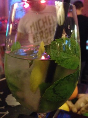 Michelberger Hotel: my very leafy drink