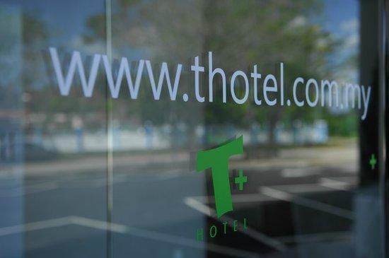 T Hotel Sungai Petani: Entrance