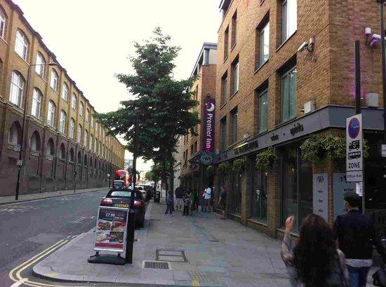 Premier Inn London Kings Cross Hotel: Hotel Location