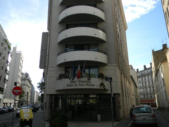 Best Western Hotel Du Pont Wilson : Вид с улицы