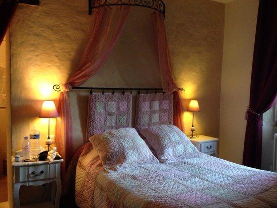 Hôtel Sévigné : Room no. 8