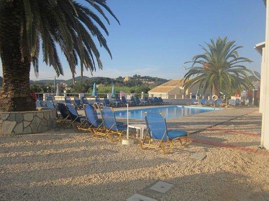 Bardis Sun Studios: The lovely pool at The Bardis
