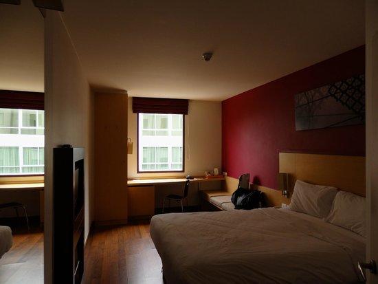 ibis Bangkok Riverside : Room 330
