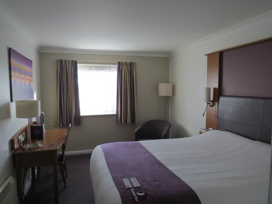 Premier Inn Newcastle (Washington) Hotel: Bedroom 329