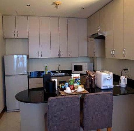 Caravelle Saigon: kitchen