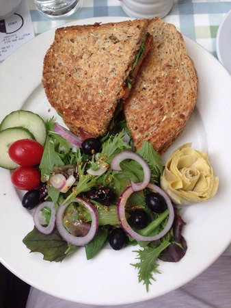 The Plan Cafe: Vegan sandwich, toasted