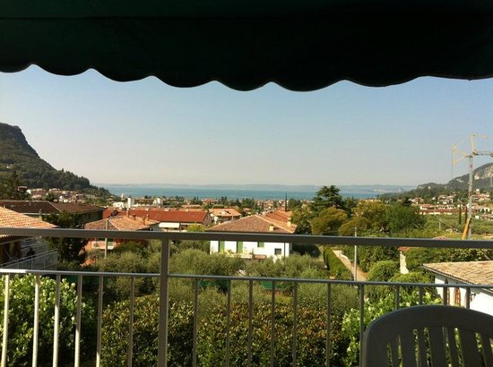 Residence Villa Rosa: View from Appartamento 8