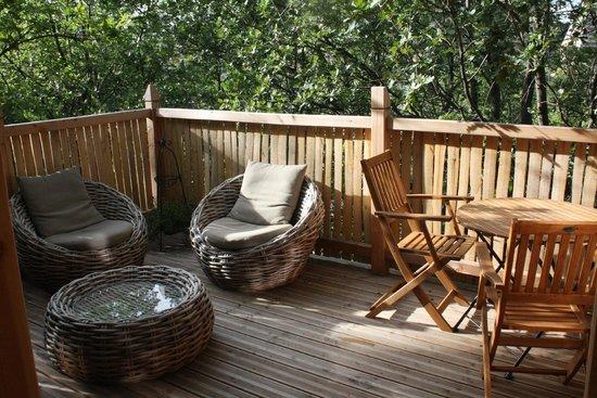 terrasse picture of cabane en provence entrechaux tripadvisor. Black Bedroom Furniture Sets. Home Design Ideas