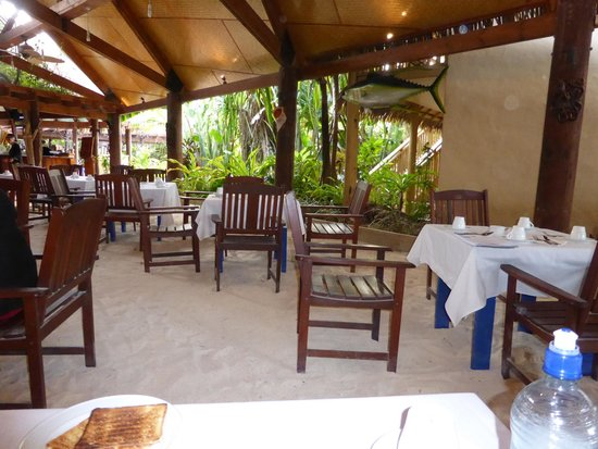 Sanctuary Rarotonga-on the beach: The dining room at the Sanctuary