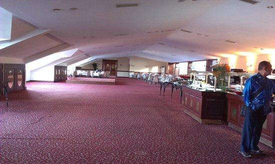 Legacy Ottoman Hotel: restaurant