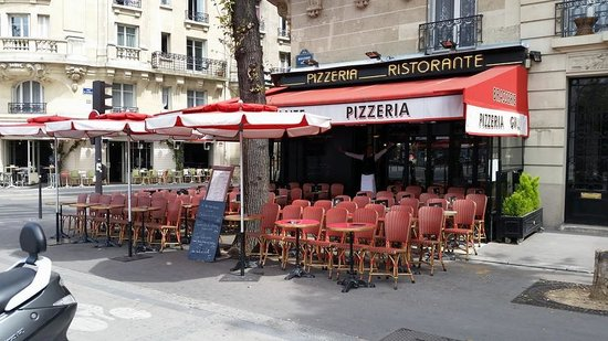 la terrasse exterieure photo de pizzeria victoria paris tripadvisor. Black Bedroom Furniture Sets. Home Design Ideas