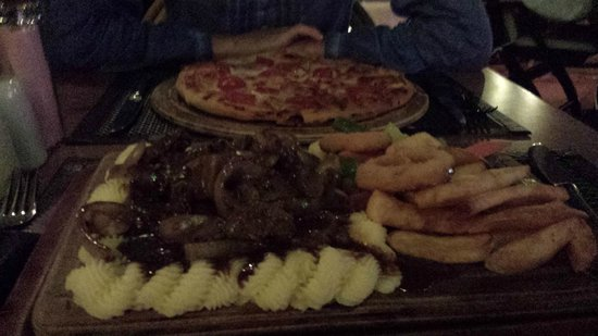 Kibele Restaurant : Liver & Onions and Pizza (better than Italian!) at Kibele