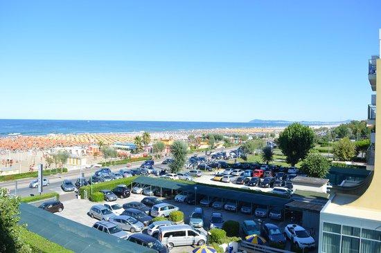 Hotel Spiaggia Marconi: vista dalla camera