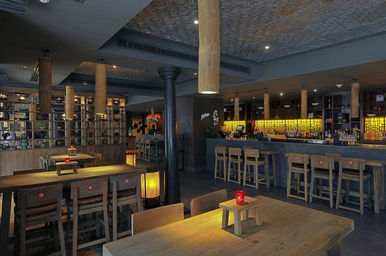 Cho Gao Restaurant and Lounge: After work drinks anyone?