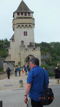 Pont Valentre : More towers and George's head!